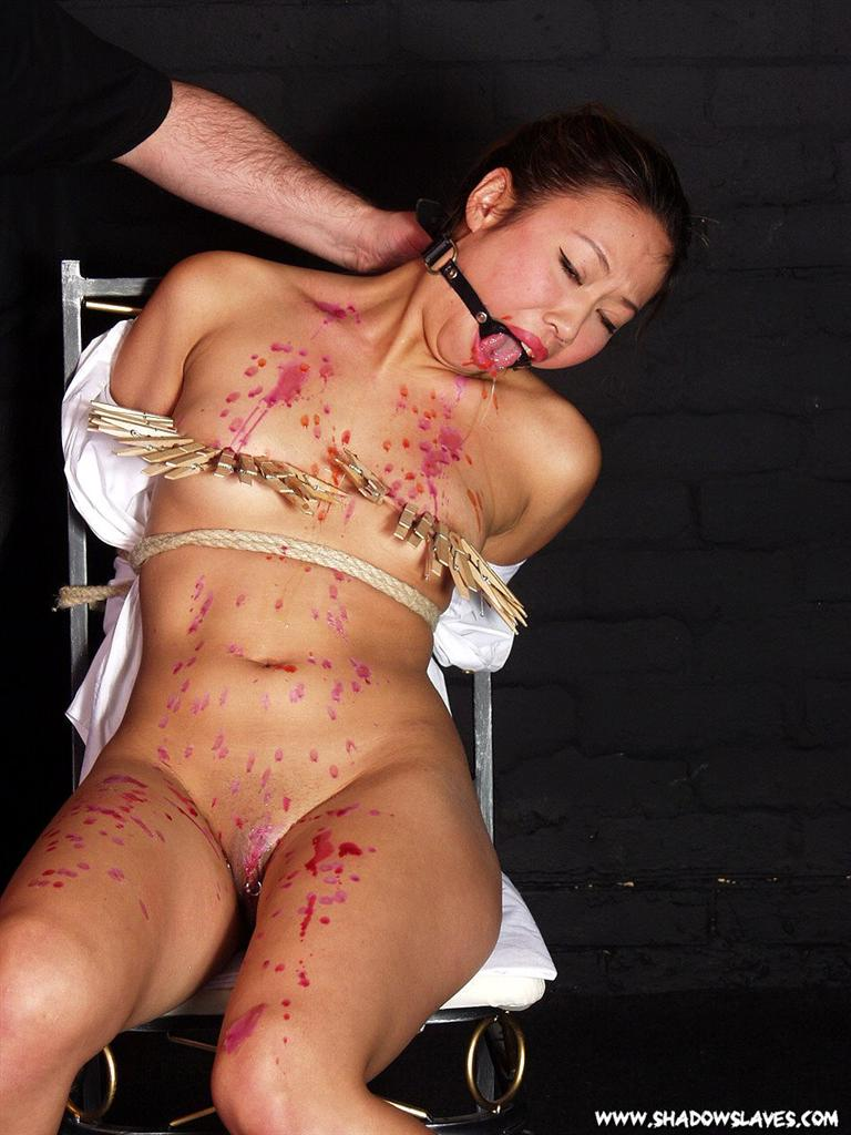 haruka in her stockings gives an asian blowjob